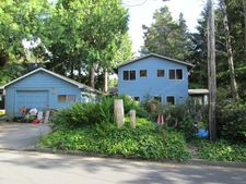 510 Se Winchell St, Depoe Bay, OR 97341