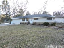 40 County Road F W, Vadnais Heights, MN 55127