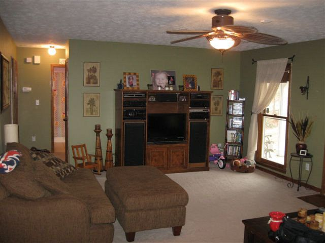 208 Lee Road 885, Phenix City, AL 36870