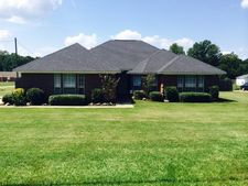 204 Cedar Ridge Cir, Texarkana, TX 75501