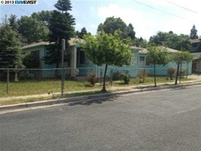 656 Overhill Dr, Hayward, CA 94544