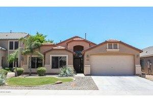1321 E Baker Dr, San Tan Valley, AZ 85140