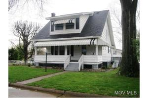 5801 4th Ave, Vienna, WV 26105