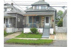 140 Straley Ave, Cheektowaga, NY 14211
