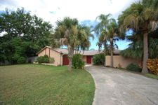 1335 Leslie Dr, Merritt Island, FL 32952