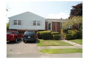 59 Auburndale Rd, Marblehead, MA 01945