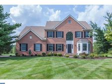 65 Yard Rd, Pennington, NJ 08534