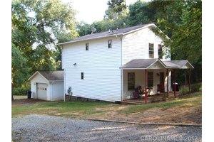 1132 Oakwood Dr, Belmont, NC 28012