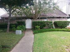 7063 Greenway Chase St, Houston, TX 77072