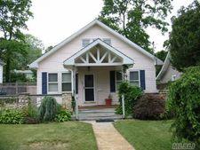 28 Adams Ave, Bayville, NY 11709