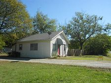 103 S Red Bud St, Ector, TX 75439