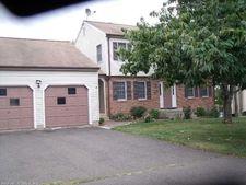 158 Surrey Dr, Wethersfield, CT 06109