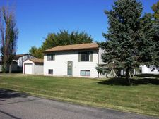 611 3rd St, Mapleton, ND 58059