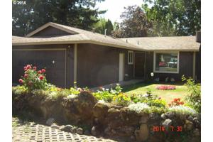 9701 SE 76th Ave, Milwaukie, OR 97222