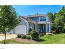 1200 Pinecrest Pl Unit 4A, Willoughby, OH 44094