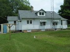 15403 Thorn Rd, Culver, IN 46511