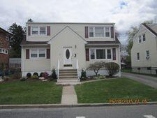 21 Mt Pleasant Ave, Woodland Park, NJ 07424