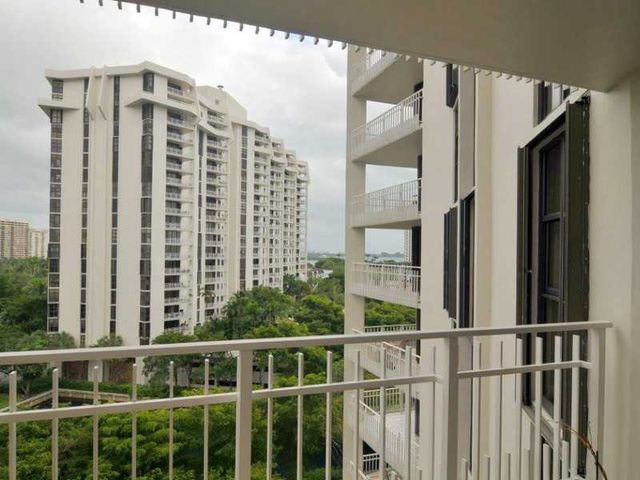 2000 towerside ter apt 903 miami fl 33138 for 2000 towerside terrace miami fl