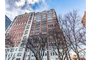 2440 N Lakeview Ave # 4e, Chicago, IL 60614