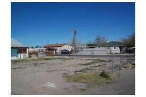 1102 Palm St, Las Vegas, NV 89104
