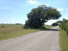 857 County Road 536, Beeville, TX 78102
