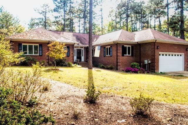 5 Valley Park Southern Pines NC 28387