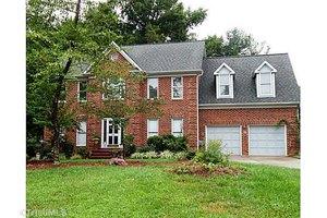 1815 Tennyson Ct, Greensboro, NC 27410