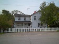 5 East West St, Hanna, IN 46340