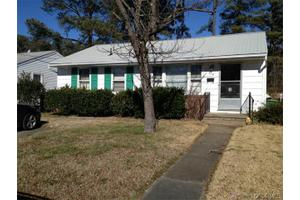 610 Pinehurst Ave, Colonial Heights, VA 23834