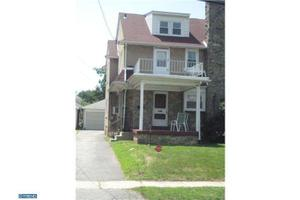 160 E Parkway Ave, Chester, PA 19013