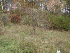 1 42 N Old Highway 52, Pinnacle, NC 27043