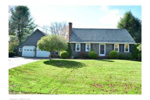 34 Stardust Dr, Enfield, CT 06082