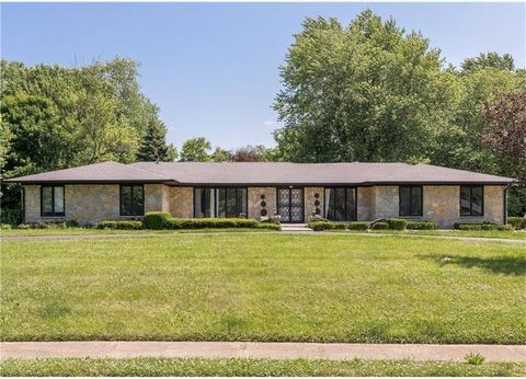 4343 Paula Lane East Dr, Indianapolis, IN 46228