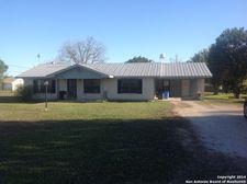 138 River Rd, Lavernia, TX 78121