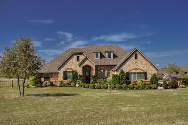 4701 Mustang Creek Ct, Benbrook, TX 76126