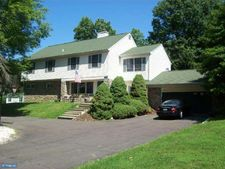 1315 Dundee Dr, Dresher, PA 19025
