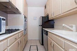 70-25 Yellowstone Blvd Unit 12O, Forest Hills, NY 11375