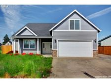 974 Highberger Loop, Aumsville, OR 97325