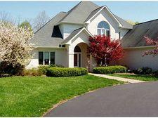 9379 N Oak Creek Dr, Mooresville, IN 46158