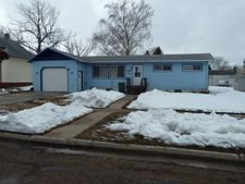 205 1st Ave W, Gackle, ND 58442