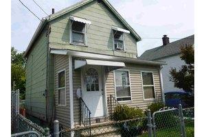 60 Church St, Beacon, NY 12508