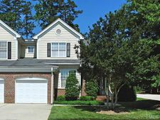 8321 Amber Leaf Ct, Raleigh, NC 27612