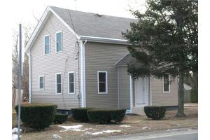28 Warren Ave, Seekonk, MA 02771