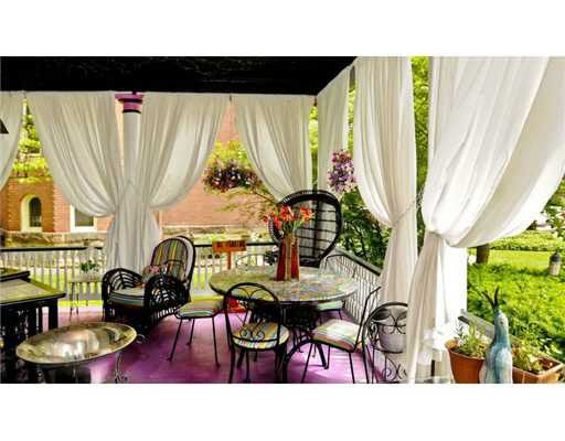1414 Virginia St E Charleston Wv, Cedar Grove Furniture Charleston Wv