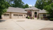 331 Deer Run Dr, Lewisburg, PA 17837