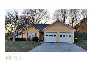4215 Fox Chase Dr, Loganville, GA 30052