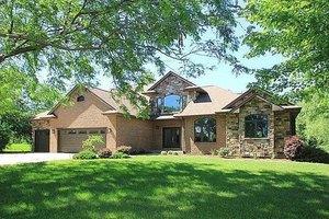 417 Butternut Ln, Iowa City, IA 52246