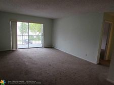 6307 Bay Club Dr Apt 3, Fort Lauderdale, FL 33308