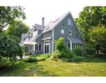 4 Greenfield Ln, Concord, MA 01742