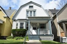 2715 N Oakland Ave, Milwaukee, WI 53211